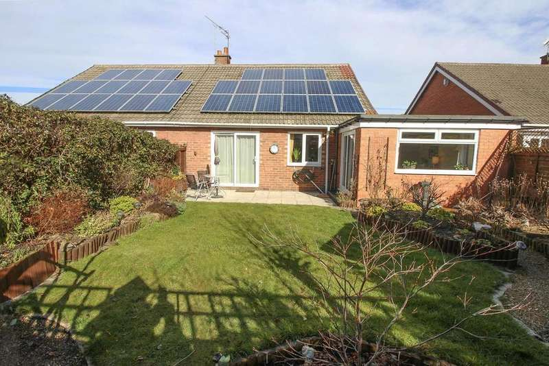 2 Bedrooms Semi Detached Bungalow for sale in Thropton Crescent, Newcastle Upon Tyne