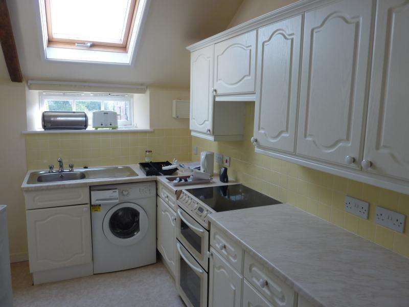 2 Bedrooms Flat for rent in Village Location to the East of Norwich in NR13