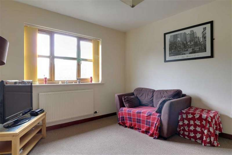 1 Bedroom Apartment Flat for sale in Bollin Drive, Congleton