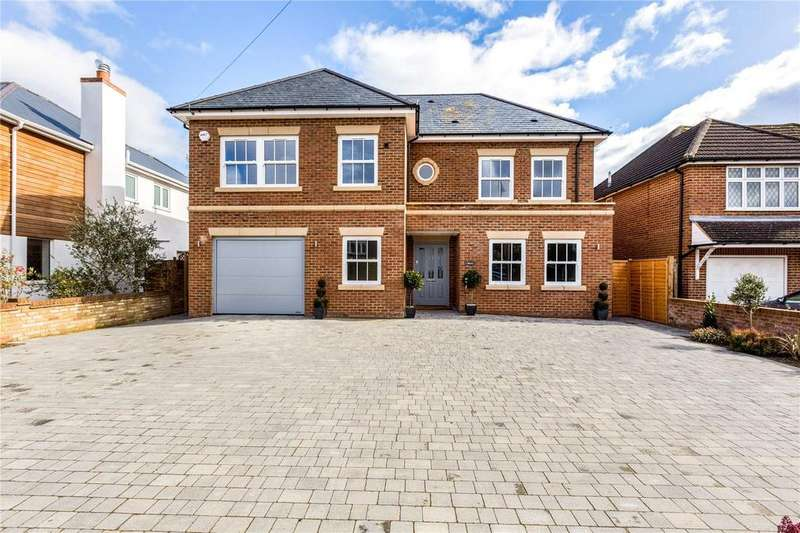 5 Bedrooms Detached House for sale in Simons Walk, Englefield Green, Egham, Surrey, TW20