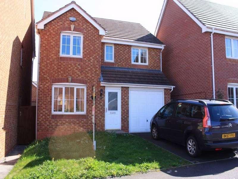 4 Bedrooms Detached House for rent in Wycherley Way, CRADLEY HEATH, West Midlands