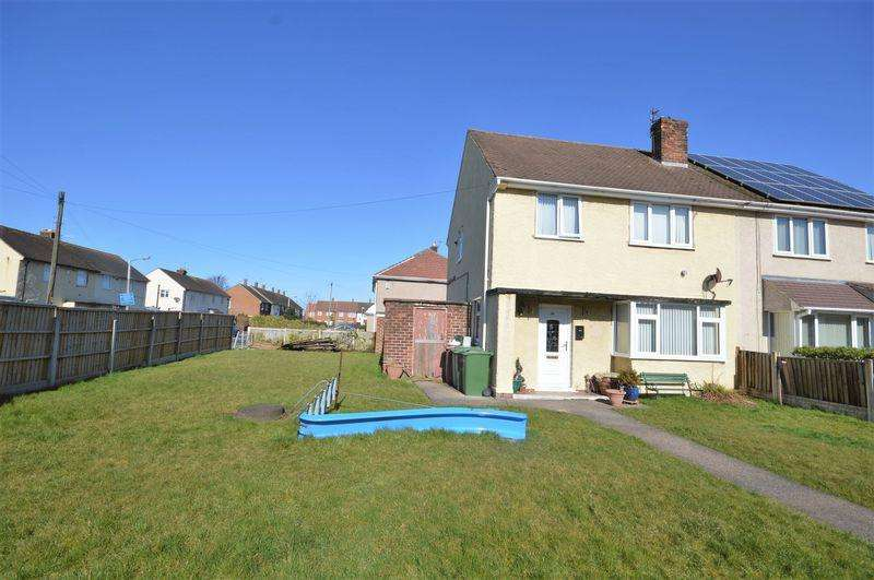 3 Bedrooms Semi Detached House for sale in Harvest Lane, Moreton