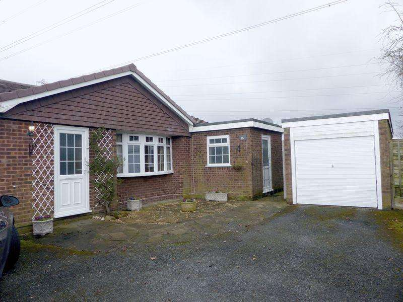 4 Bedrooms Detached Bungalow for sale in Duke Road, Burntwood