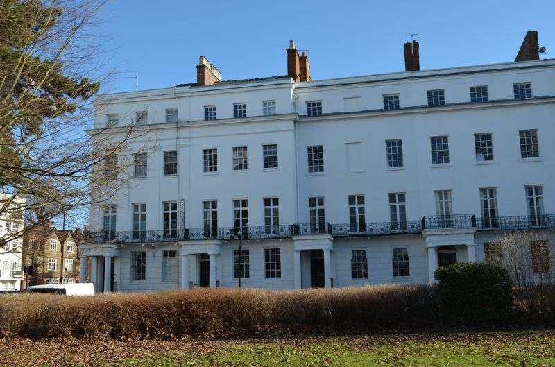 1 Bedroom Property for sale in Clarendon Square, Leamington Spa