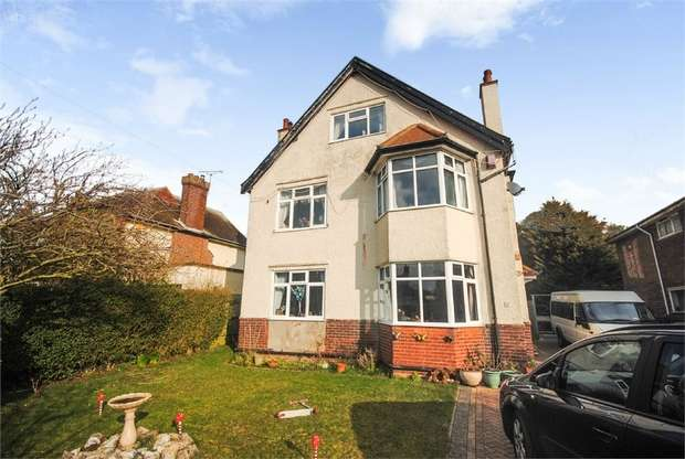 6 Bedrooms Detached House for sale in Cliff Avenue, Gorleston, Great Yarmouth, Norfolk