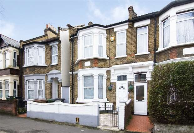 2 Bedrooms Flat for sale in Canterbury Road, Leyton, London