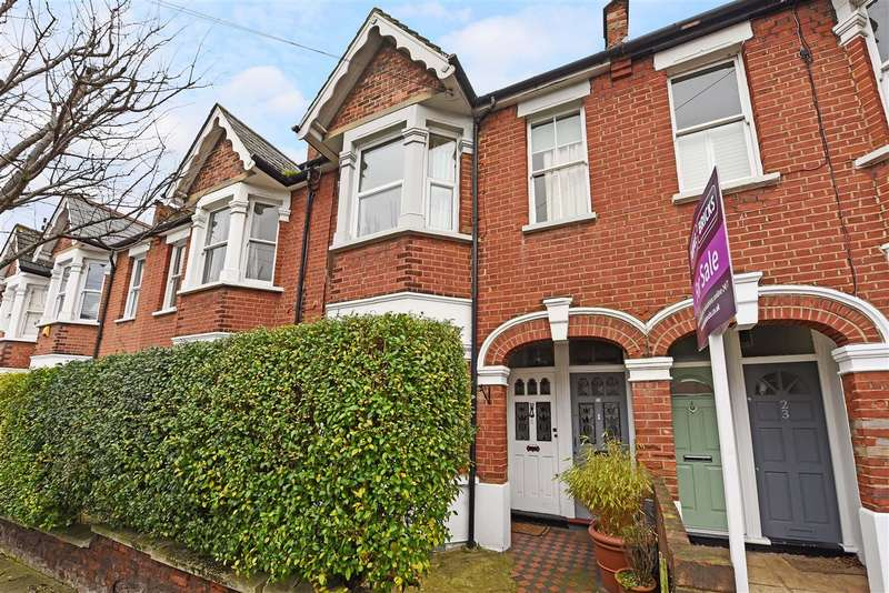 3 Bedrooms Apartment Flat for sale in Duntshill Road, Earlsfield