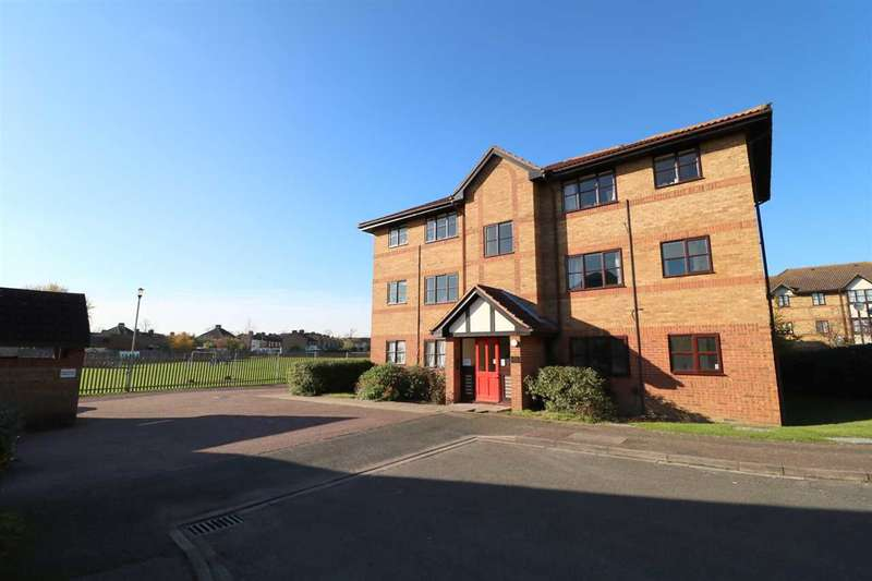 1 Bedroom Apartment Flat for sale in Redwood Grove, Ground Floor, Bedford
