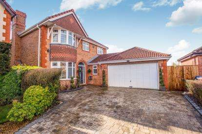 4 Bedrooms Detached House for sale in Allington Close, Walton-Le-Dale, Preston, Lancashire