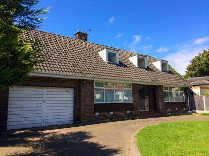 2 Bedrooms Semi Detached House for sale in Sefton Road, Litherland, Liverpool, L21