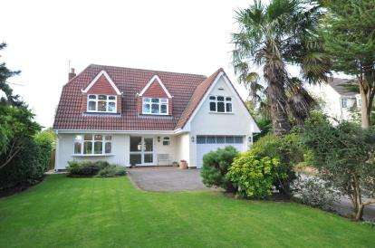 4 Bedrooms Detached House for sale in Farr Hall Drive, Heswall, Wirral, CH60