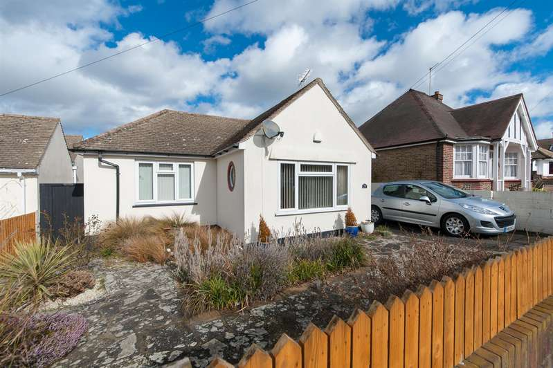 3 Bedrooms Detached Bungalow for sale in Elm Grove, Westgate-On-Sea