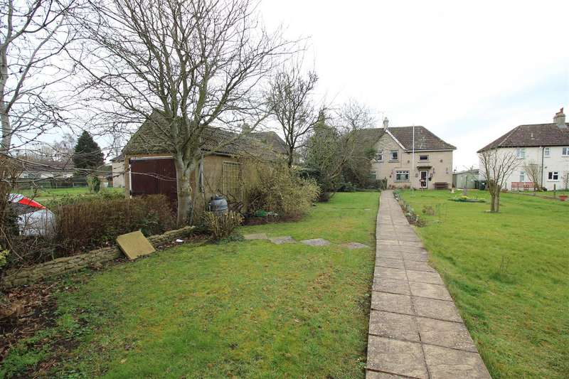 3 Bedrooms Semi Detached House for sale in Orchard Leaze, Christian Malford, Chippenham