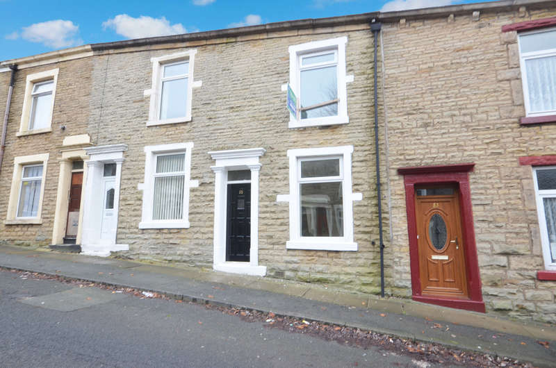 3 Bedrooms Terraced House for sale in Sarah Street, Darwen, Lancashire