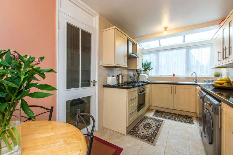 4 Bedrooms House for sale in Wrights Green, Clapham, SW4