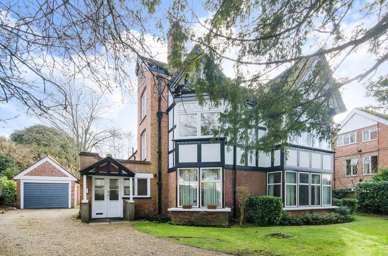 3 Bedrooms Flat for sale in Moss Lane, Pinner, HA5