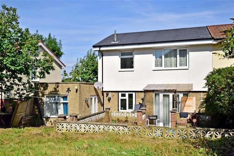 3 Bedrooms Semi Detached House for sale in King Henrys Drive, New Addington, Croydon, Surrey