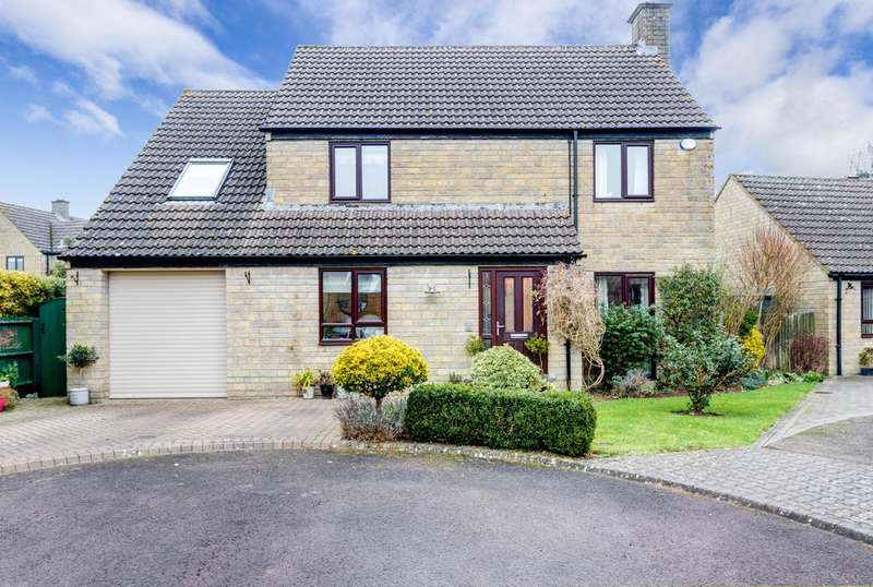 5 Bedrooms Detached House for sale in College View, Cirencester, Gloucestershire