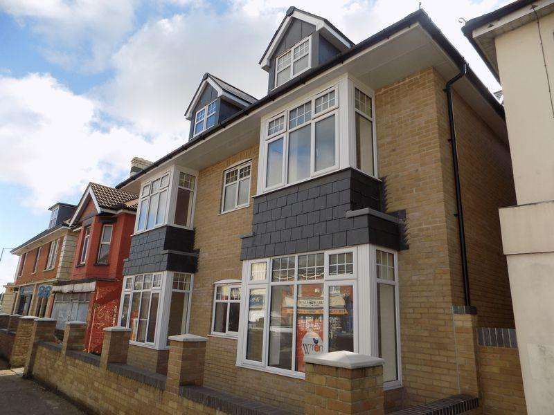 2 Bedrooms Apartment Flat for rent in Ensbury Park, Bournemouth