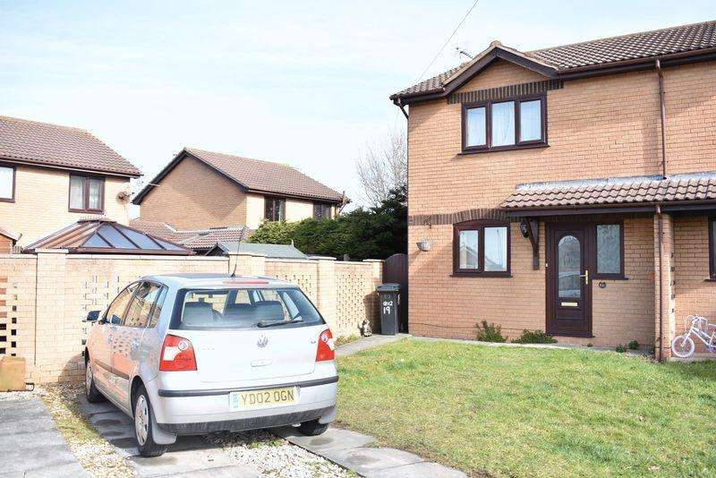 2 Bedrooms Semi Detached House for sale in Maple Avenue, Rhyl