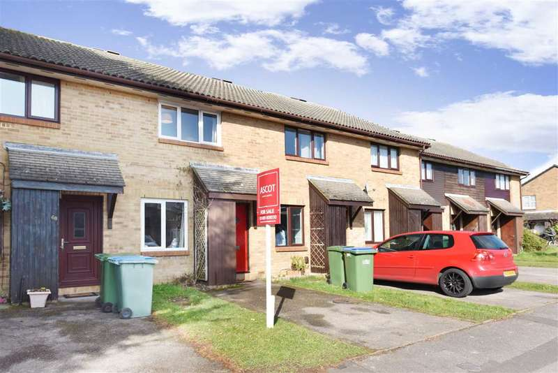 2 Bedrooms Terraced House for sale in CELANDINE AVENUE, LOCKS HEATH