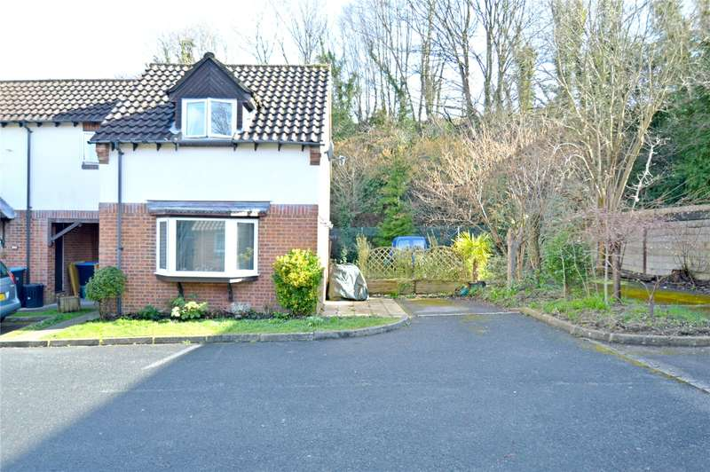 2 Bedrooms Link Detached House for sale in Hillview, Whyteleafe, Surrey