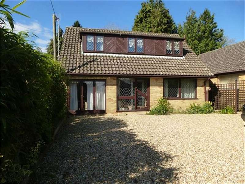 Detached House for sale in Seymour Road, RINGWOOD, Hampshire