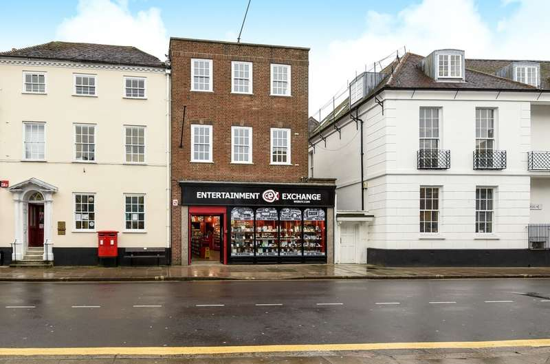 1 Bedroom Flat for sale in South Street, Chichester, PO19
