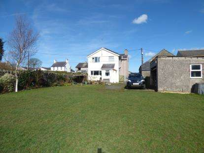 3 Bedrooms Detached House for sale in High Street, Bryngwran, Anglesey, LL65