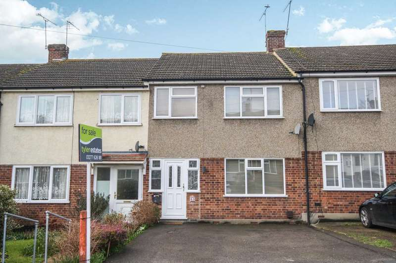 3 Bedrooms Terraced House for sale in Passingham Ave, Billericay