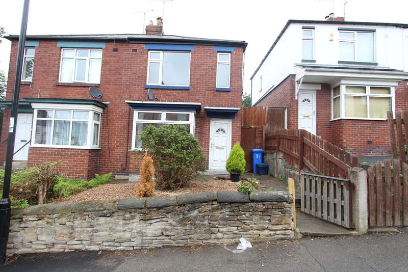 2 Bedrooms Semi Detached House for rent in Osgathorpe Road, Sheffield, S4