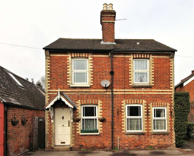 2 Bedrooms Semi Detached House for sale in Westfield Road, Woking, Surrey, GU22