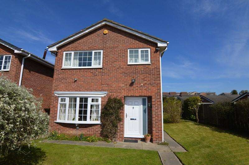 3 Bedrooms Detached House for sale in Windsor Rise, Pontefract