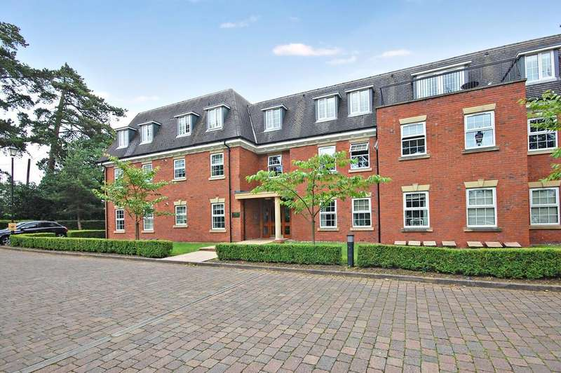 2 Bedrooms Flat for rent in CASTLECROFT HOUSE, Castlecroft, Wolverhampton WV3