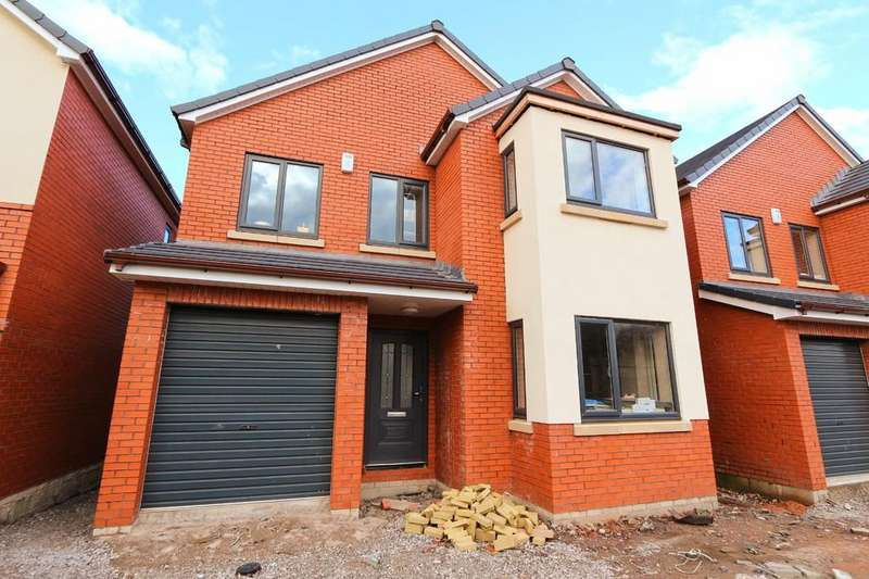 4 Bedrooms Detached House for sale in 2C Astley Road, Irlam