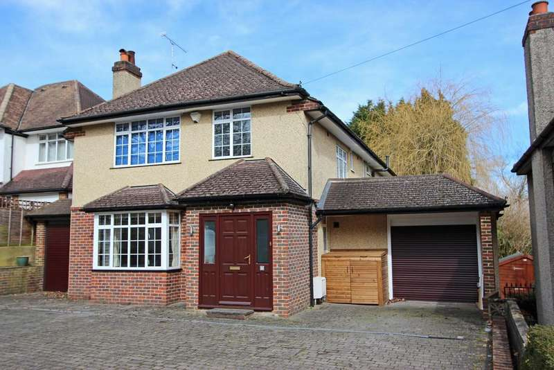 5 Bedrooms Detached House for sale in Church Lane, Chipstead