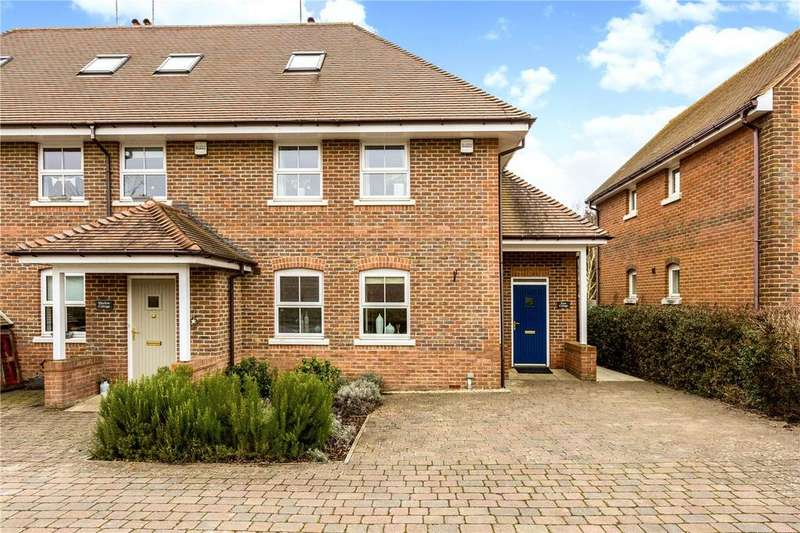 4 Bedrooms End Of Terrace House for sale in Wantage Road, Great Shefford, Hungerford, Berkshire, RG17