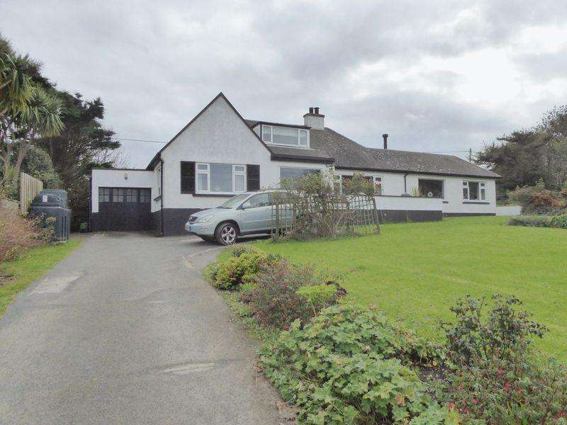 5 Bedrooms Detached House for sale in Howe Road, Port St Mary