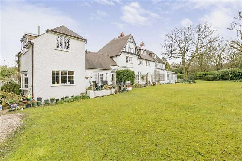 3 Bedrooms End Of Terrace House for sale in Mogador, Tadworth, Surrey