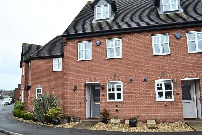3 Bedrooms Property for sale in Donington Drive, Woodville, Swadlincote