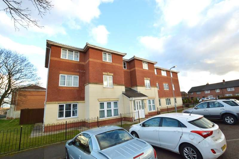 2 Bedrooms Flat for sale in Mount Pleasant Avenue, St. Helens, WA9