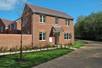 3 Bedrooms Detached House for sale in Hesketh Way, Bromborough, Wirral, CH62