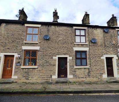 2 Bedrooms Terraced House for sale in Bridge Street, New Mills, High Peak, Derbyshire