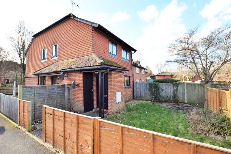 2 Bedrooms Maisonette Flat for sale in Hamlet Street, Warfield, Berkshire, RG42