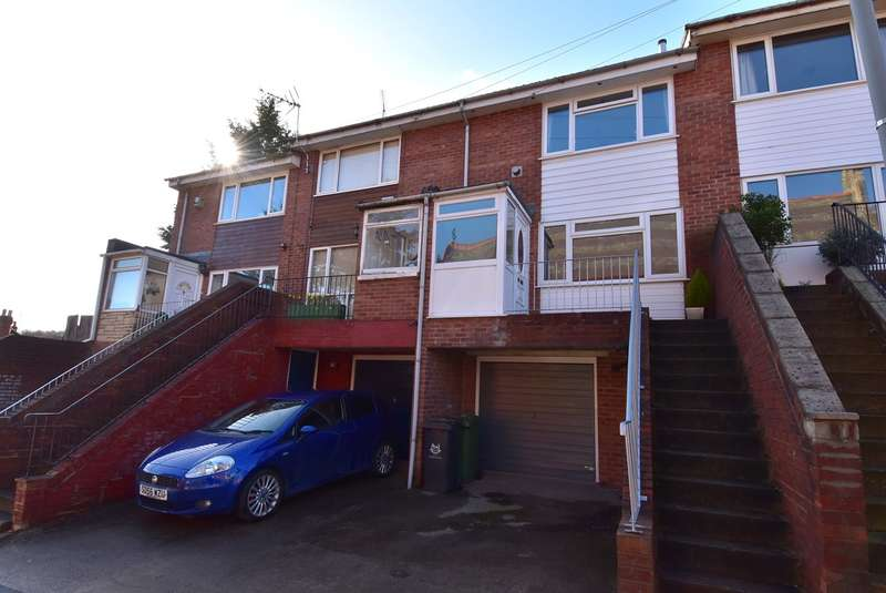 2 Bedrooms Terraced House for sale in Church Road, Worcester, WR3