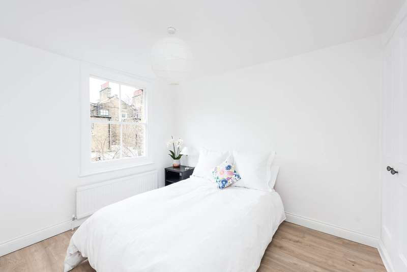 2 Bedrooms Flat for sale in Brook drive, Kennington, SE11