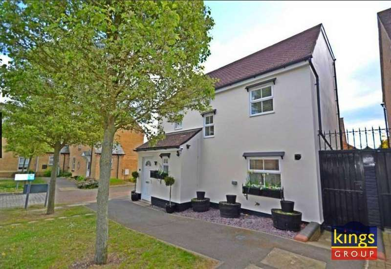 4 Bedrooms House for sale in Greenwich Way, Waltham Abbey