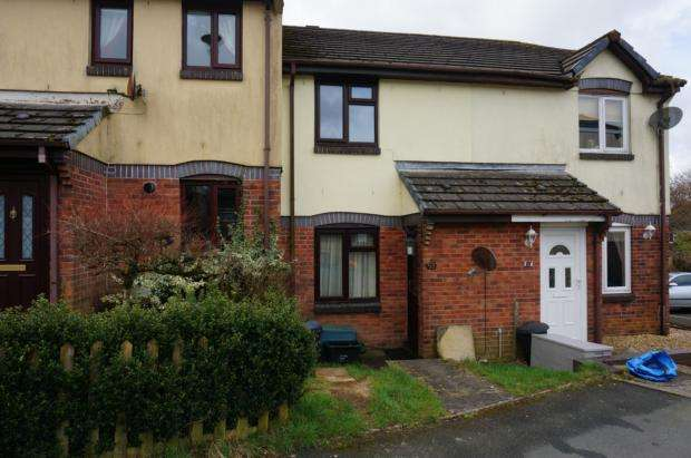 2 Bedrooms Terraced House for rent in Inney Close, Callington, PL17