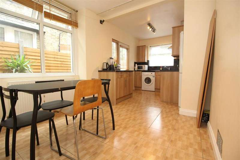 2 Bedrooms Flat for sale in Napier Road