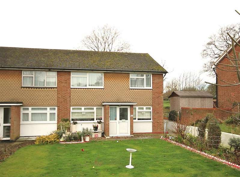 2 Bedrooms Maisonette Flat for sale in Bramley Close, London